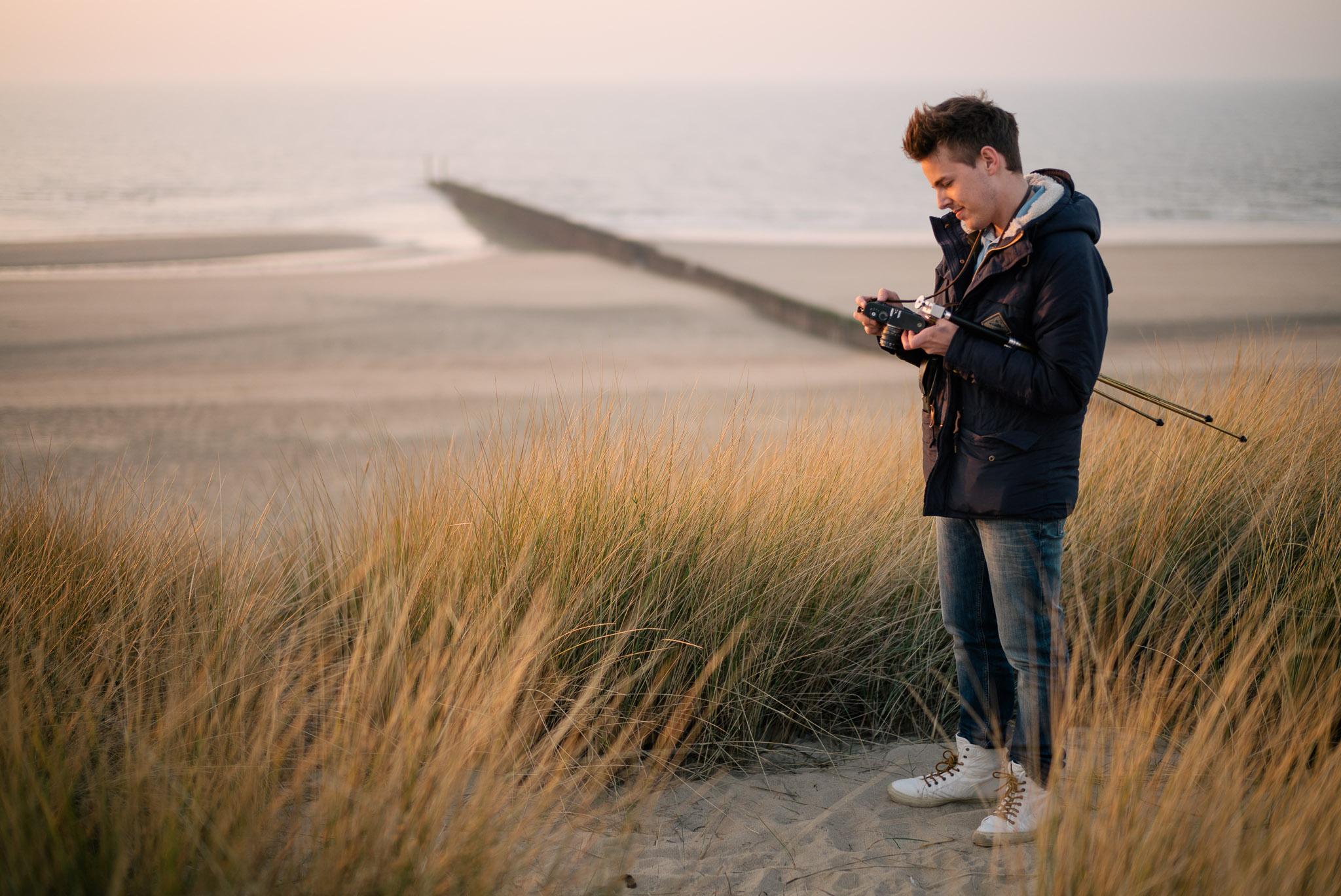 Lorenz with M8 and Summicron Beach Dunes Cadzand