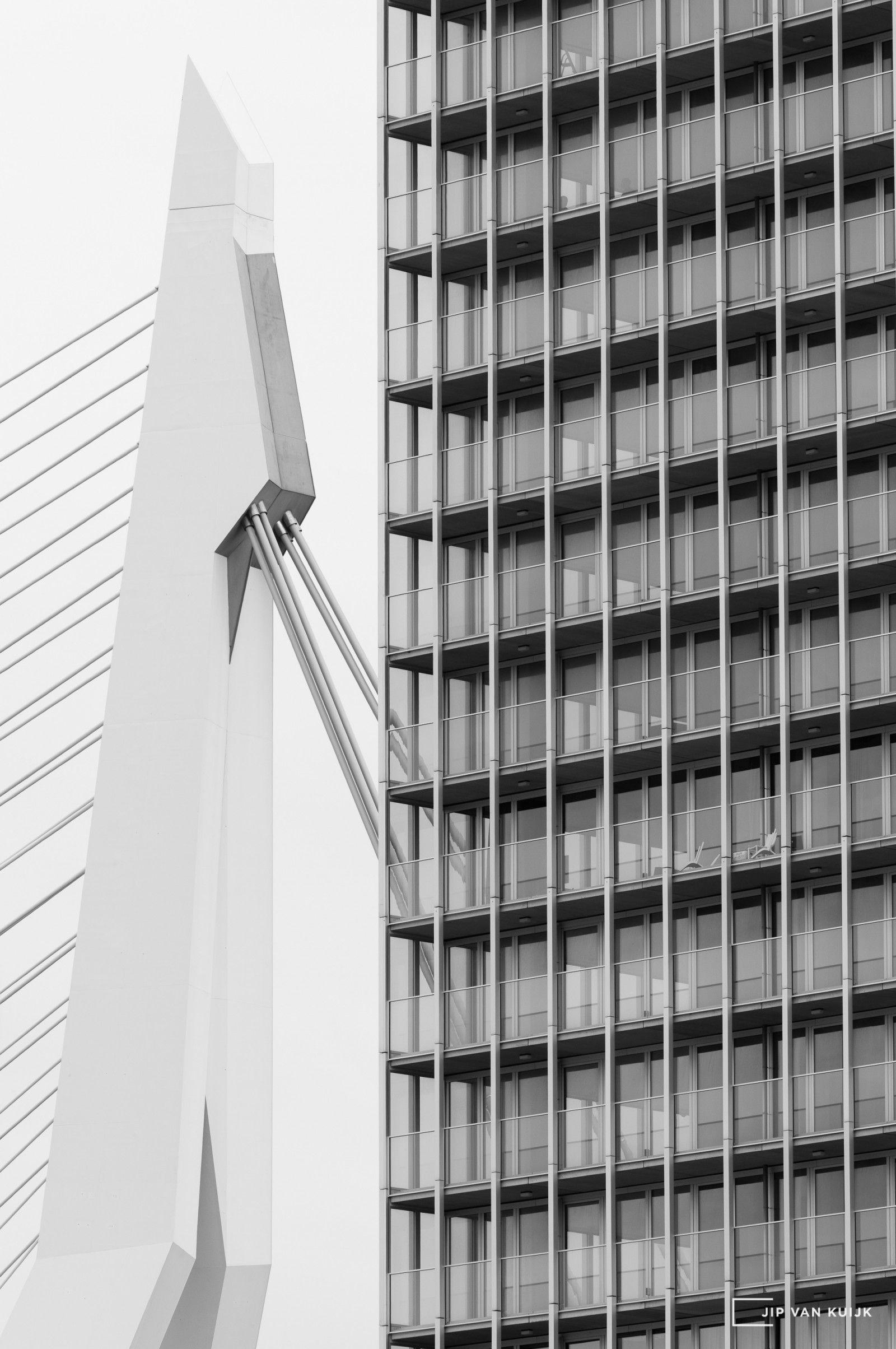 Erasmus_bridge_rotterdam_koolhaas_jipvankuijk_leica_hasselblad_300mm_HC_copyright_new